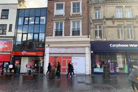 Retail property (high street) to rent - Eastgates, Leicester