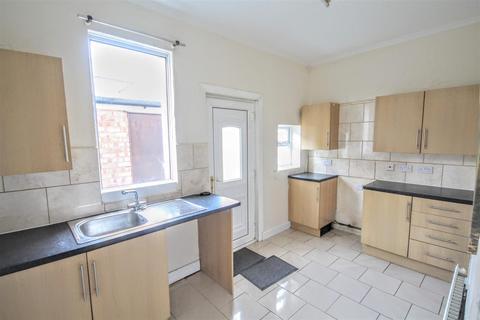 2 bedroom terraced house to rent - Barningham Street, Darlington