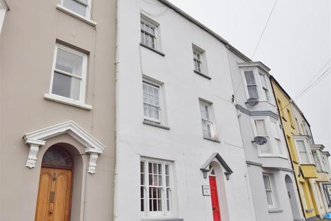 3 bedroom townhouse for sale - Hill Street, Haverfordwest