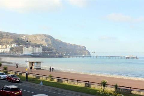 2 bedroom apartment for sale - Nevill Crescent, Llandudno, Conwy