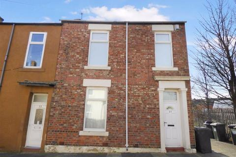2 bedroom terraced house for sale - Henry Street, North Shields