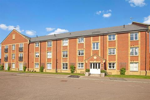 2 bedroom flat to rent - Glassmill House, Roberston Road, Berkhamsted
