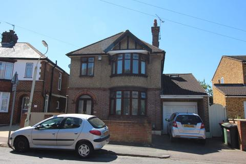 4 bedroom house to rent - West Parade (P9808) - AVAILABLE