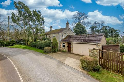 4 bedroom cottage for sale - Main Street, Honington, Grantham