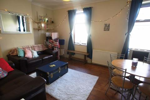 3 bedroom house to rent - Coburn Street, Cathays, Cardiff.