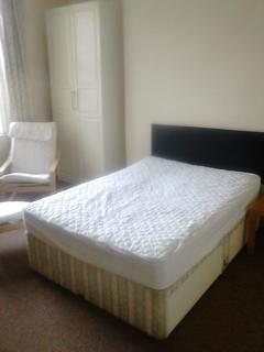 6 bedroom house share to rent - Ashgrove