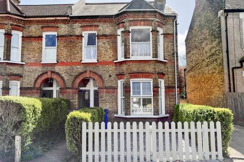 2 bedroom maisonette for sale - Dunstans Road, East Dulwich, London, SE22