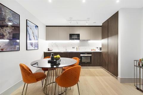 2 bedroom flat for sale - Myers Court, Elms Road, SW4