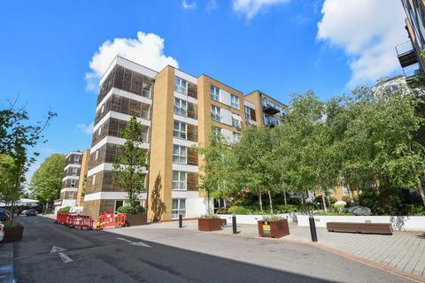 2 bedroom apartment to rent - Bromyard Avenue, Acton, W3 7FJ