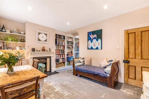 2 bedroom terraced house for sale - Hichisson Road, London, SE15