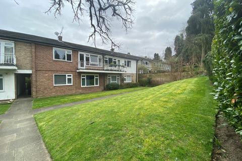 2 bedroom maisonette to rent - Park Hill Road, Bromley, Kent, BR2