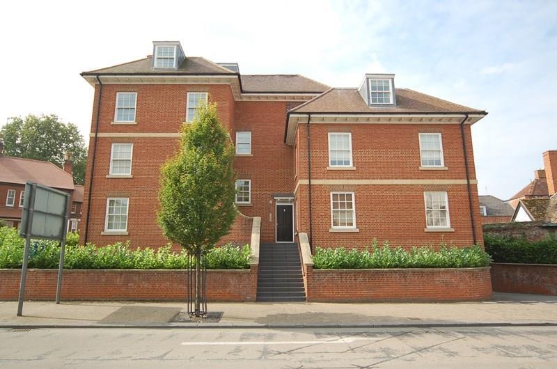 2 Bedrooms Flat for sale in 6 The Avenue, Newmarket