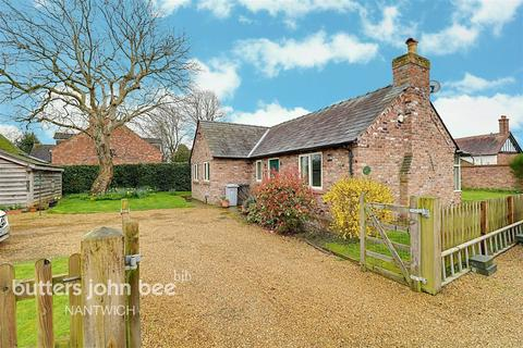 2 bedroom bungalow for sale - Nantwich Road, Wrenbury