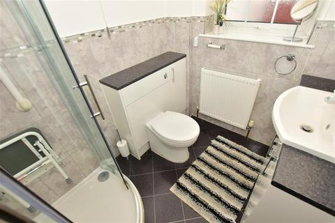 3 bedroom bungalow for sale - Queenborough Road, Minster On Sea, Sheerness, Kent