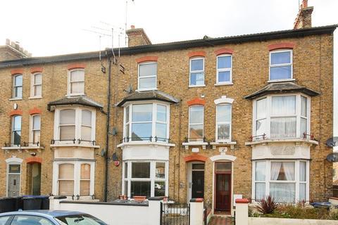 2 bedroom flat for sale - Cavendish Road, Herne Bay