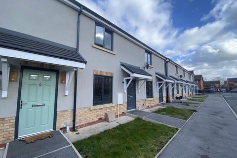 2 bedroom townhouse to rent - Bird Street Ince Wigan