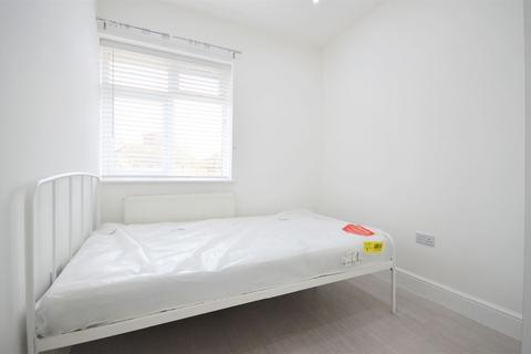 1 bedroom house share to rent - Friary Road, East Acton