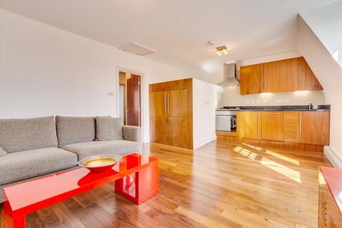 2 bedroom flat to rent - Gledstanes Road, Fulham, London, W14