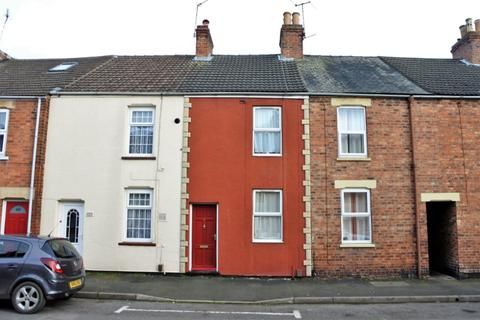 2 bedroom terraced house to rent - Cecil Street, Grantham, Grantham, NG31 9AQ
