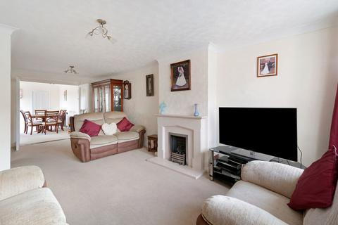 4 bedroom semi-detached house for sale - Birling Avenue, Bearsted