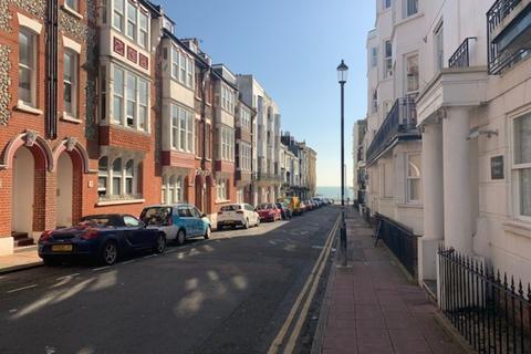 2 bedroom flat to rent - Brighton, East Sussex