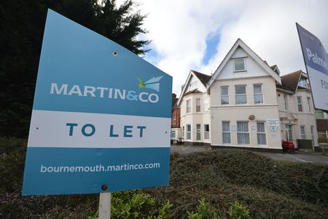 Studio to rent - Christchurch Road, Bournemouth