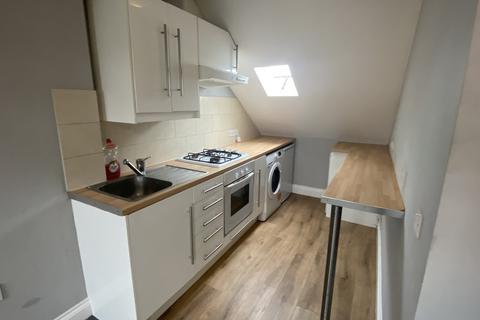 1 bedroom flat to rent - Ham Road, Worthing, BN11
