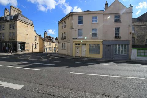 Studio to rent - Monmouth Place, Bath