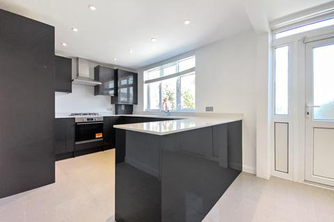4 bedroom terraced house to rent - Hereford Street, Shoreditch, E2