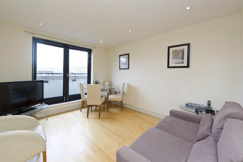 1 bedroom apartment for sale - Caraway Apartments, Cayenne Court, Curlew Street, London, SE1
