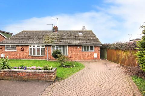 3 bedroom semi-detached bungalow for sale - St. Hilda Road, Caister-On-Sea