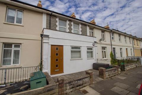 2 bedroom terraced house for sale - Queens Road, Penarth
