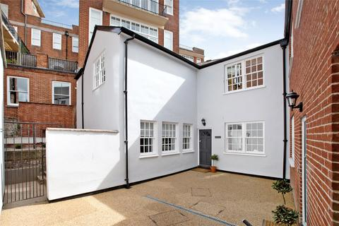 2 bedroom semi-detached house to rent - Exeter
