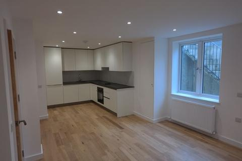 2 bedroom flat to rent - Brookhill Road, Woolwich London SE18