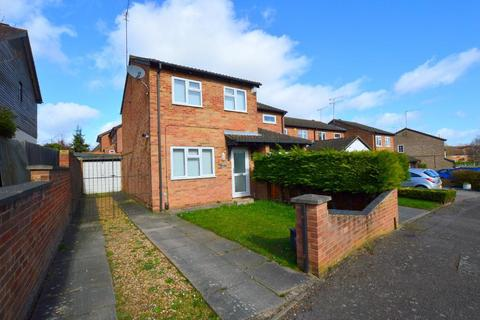 2 bedroom end of terrace house for sale - Celandine Drive, Barton Hills, Luton, Bedfordshire, LU3 4AH