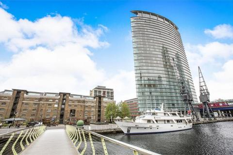 2 bedroom flat to rent - No. 1 West India Quay, Hertsmere Road, West India Quay, Canary Wharf, London, E14 4EF