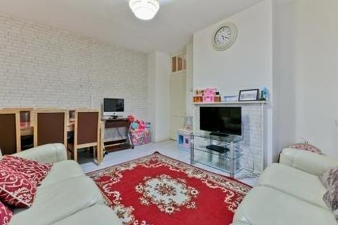 2 bedroom flat for sale - Canterbury House, Bow Road, London E3
