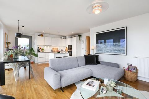 3 bedroom penthouse for sale - Boleyn Road, London, N16