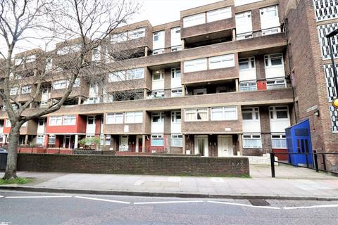 3 bedroom maisonette to rent - Hanbury Street, E1