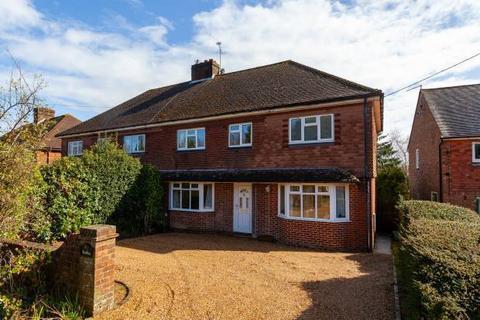 4 bedroom semi-detached house for sale - Angley Road, Cranbrook, Kent TN17 2PG