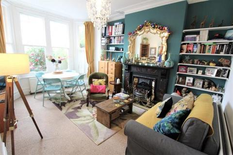 2 bedroom flat to rent - Mayfield Road N8 9LN
