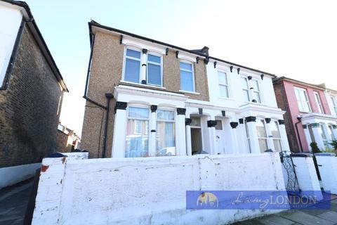 3 bedroom semi-detached house for sale - 3 Bedroom Semi Detached House For Sale.
