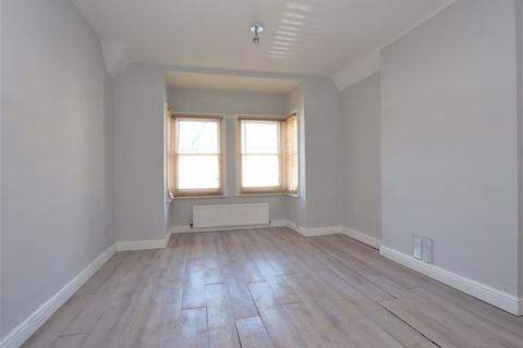 4 bedroom house to rent - Chase Side Crescent, Enfield EN2