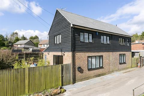 3 bedroom detached house for sale - London Road, Wrotham Heath, Sevenoaks