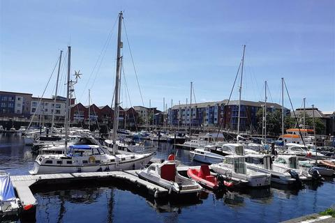 2 bedroom apartment for sale - Weavers House Maritime Quarter, Marina, Swansea