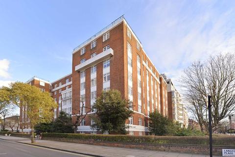 Studio to rent - Langford Court, St John's Wood, London, NW8