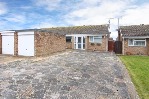 2 bedroom semi-detached bungalow for sale - Luckhurst Gardens, Cliftonville, Margate