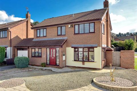 4 bedroom detached house to rent - 106, Rookery Road, Wombourne, Wolverhampton, South Staffordshire, WV5