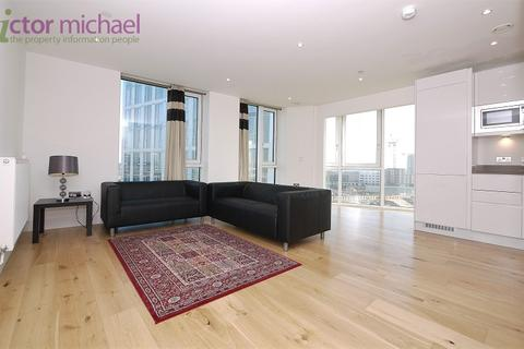 3 bedroom flat to rent - City West Tower, 6, High Street, London. E15