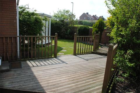 3 bedroom detached bungalow to rent - Fenside Road, Sunderland, Tyne and Wear, SR2